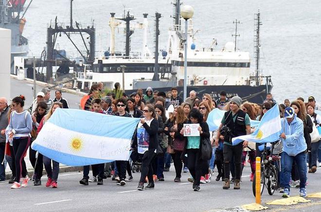 RÚNG ĐỘNG: Sự cố trên tàu ngầm Argentina hai tháng trước khi mất tích - Ảnh 1.