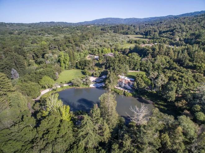 Bên trong dinh thự đắt nhất tại Thung lũng Silicon - Ảnh 2.