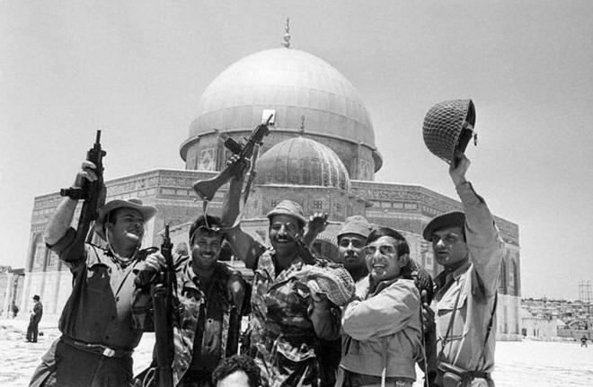Bức tranh lịch sử Jerusalem về cuộc tranh chấp kéo dài 1000 năm giữa Israel và Palestine - Ảnh 4.