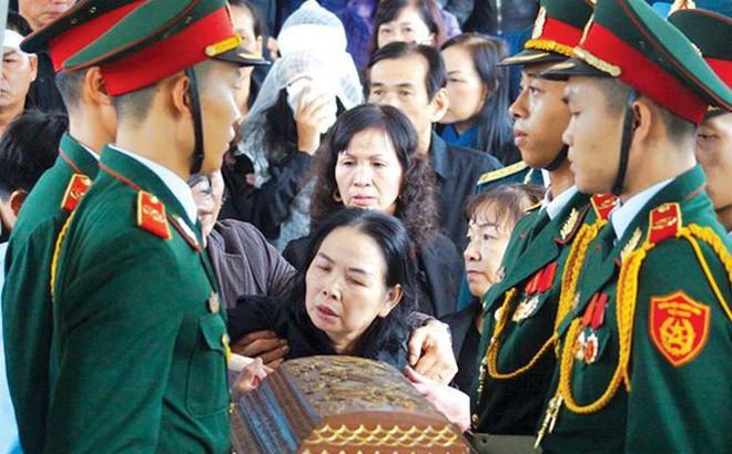Tiễn đưa Thiếu tá phi công Nguyễn Thành Trung về đất mẹ: Hy sinh và truyền lửa
