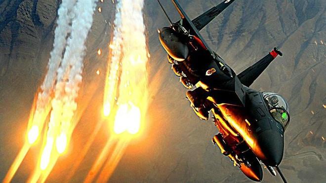 Cận cảnh 12 chiến đấu cơ bay nhanh nhất trong lịch sử quân đội Mỹ - Ảnh 2.