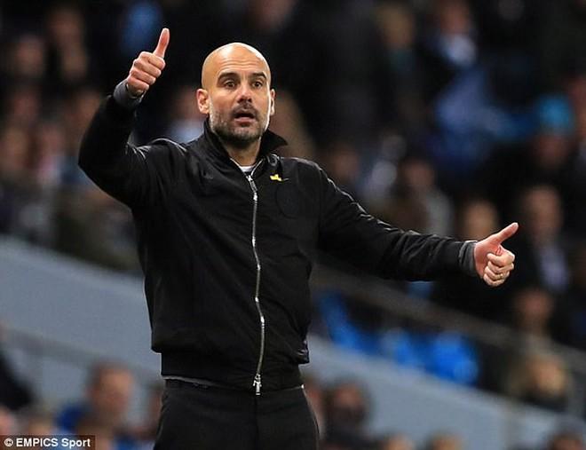 Guardiola chỉ ra điểm yếu khiến Man City có thể thua MU - Ảnh 1.