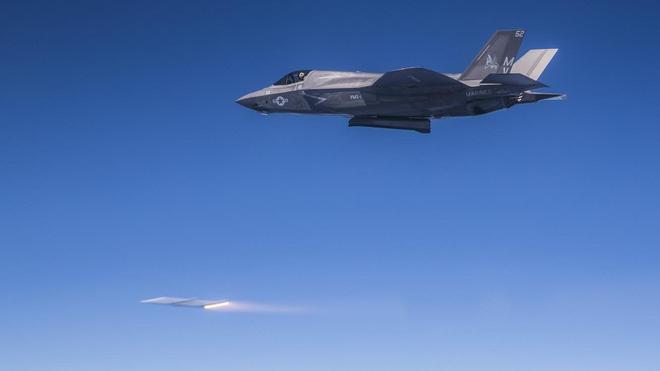 Dùng F-35 bắn hạ tên lửa liên lục địa Triều Tiên: Nước cờ cao tay hay ý tưởng điên rồ? - Ảnh 2.