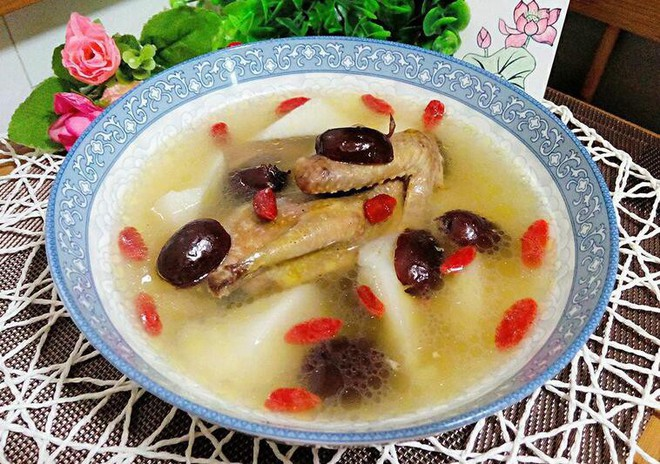 Tốt gấp 9 lần thịt gà, món thánh dược trong Đông y này chỉ có giá 70.000 đồng ở chợ Việt - Ảnh 1.