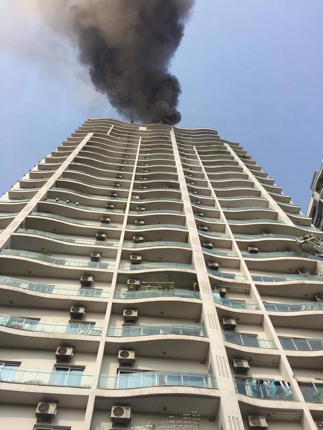 Cháy lớn tại chung cư cao cấp cạnh Hồ Tây - Hà Nội - Ảnh 5.