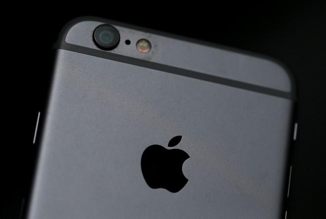 Chẳng cần đợi đến năm sau, đây là cách xác định ngay tình trạng pin iPhone của bạn - Ảnh 1.