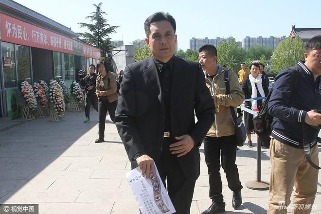 Dàn sao Tây du ký 1986 đau buồn đưa tang đạo diễn Dương Khiết - Ảnh 12.