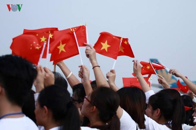Ảnh: Chủ tịch Trung Quốc rời Hà Nội, kết thúc chuyến thăm Việt Nam - Ảnh 11.