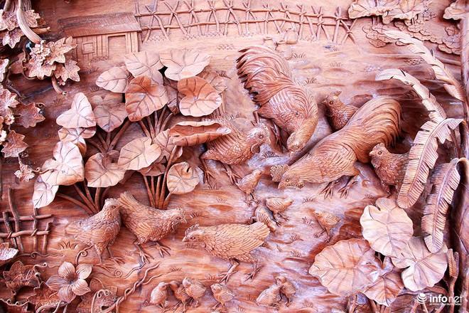 """Đại gia """"săn"""" đồ gỗ mỹ nghệ giá vài trăm triệu đồng ở chợ hoa xuân TP.HCM - Ảnh 12."""