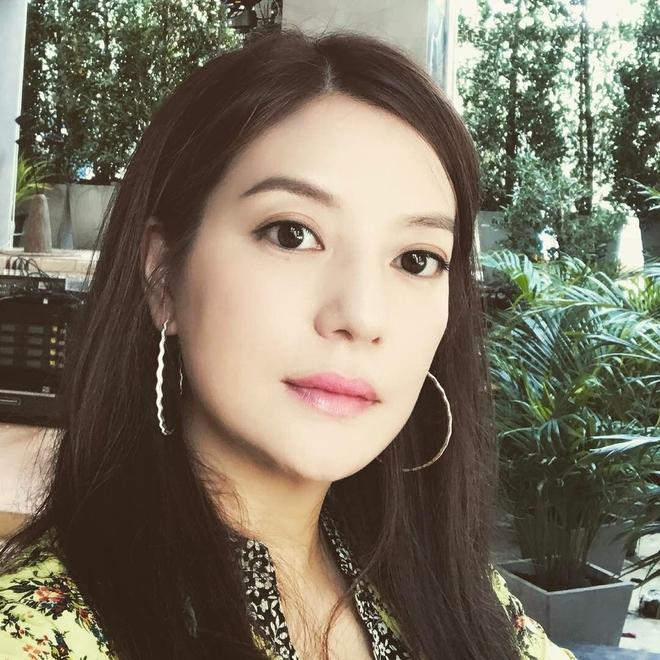 Những bức ảnh giản dị nhưng đong đầy hạnh phúc của tổ ấm Triệu Vy - Huỳnh Hữu Long - Ảnh 12.