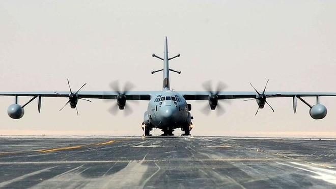 Cận cảnh 12 chiến đấu cơ bay nhanh nhất trong lịch sử quân đội Mỹ - Ảnh 12.