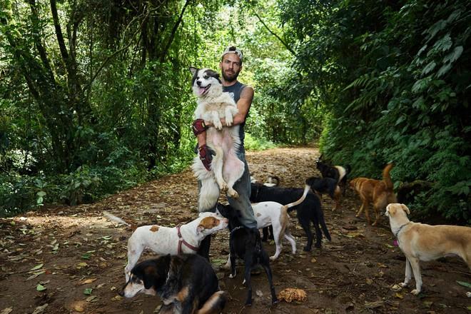 Thiên đường của hơn 900 chú chó hoang: Địa điểm hội yêu chó nhất định sẽ thích mê khi ghé thăm - Ảnh 15.