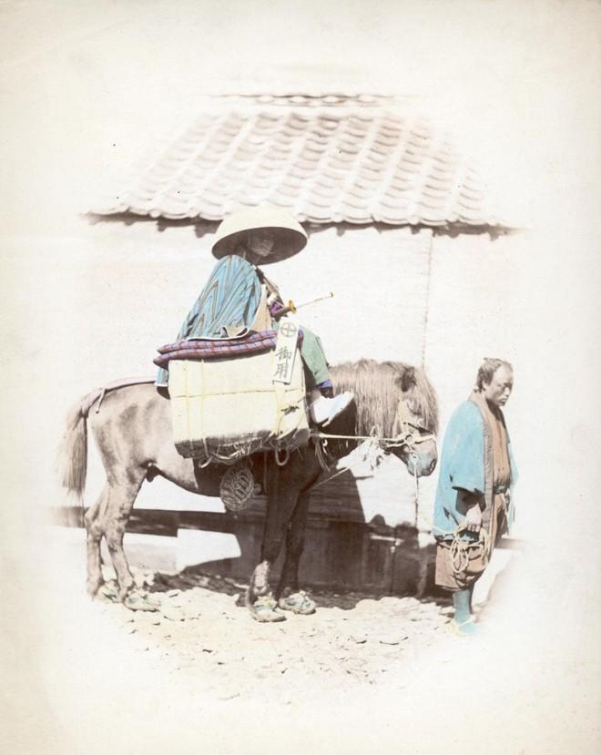 Cuộc sống Nhật Bản xưa qua những bức ảnh màu - Ảnh 17.