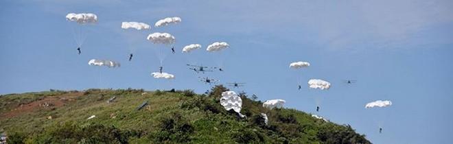 Ảnh hiếm đặc nhiệm Triều Tiên tập trận đổ bộ chiếm đảo - Ảnh 17.