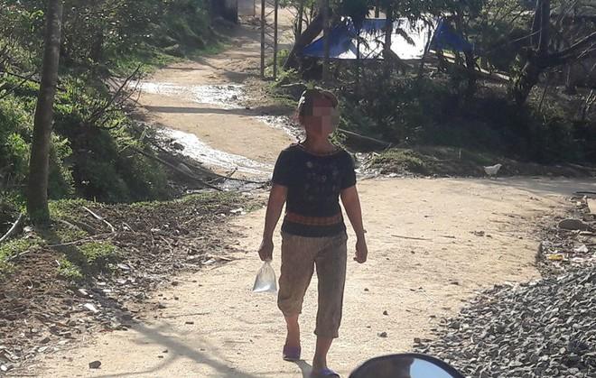 Kỳ lạ làng đàn bà nghiện rượu trên dãy Ngọc Linh - Ảnh 2.