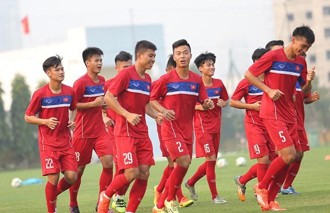HLV Hoàng Anh Tuấn: U20 Việt Nam yếu nhưng có... chiêu ở World Cup! - Ảnh 3.