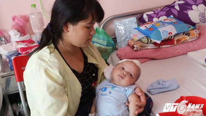 Hàng loạt trẻ nhập viện vì mắc bệnh úng não thủy - ảnh 2