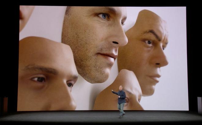 Hệ thống nhận diện khuôn mặt mới của Apple thất bại ngay trên sân khấu ra mắt iPhone X