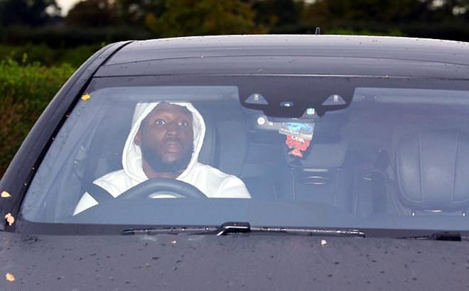 Ibrahimovic tái ngộ Mourinho ở trung tâm Carrington - Ảnh 3.