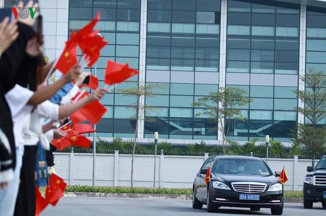 Ảnh: Chủ tịch Trung Quốc rời Hà Nội, kết thúc chuyến thăm Việt Nam - Ảnh 3.
