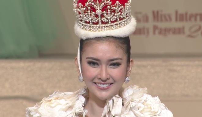 Chung kết Miss International 2017: Đại diện Indonesia đăng quang, Thùy Dung trượt Top 15 - Ảnh 3.