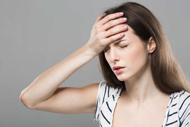 Đừng chủ quan khi bị chóng mặt thường xuyên vì có thể bạn đang mắc 1 trong 6 chứng bệnh sau - Ảnh 3.