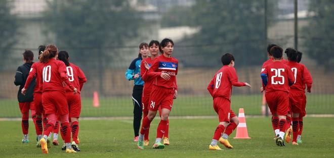 Chuẩn bị VCK Asian Cúp nữ 2018, thầy trò Mai Đức Chung tập trung sớm - Ảnh 2.