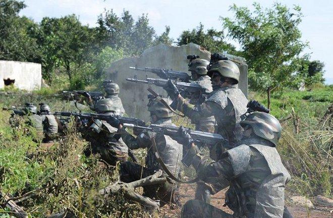 Ảnh hiếm đặc nhiệm Triều Tiên tập trận đổ bộ chiếm đảo - Ảnh 21.