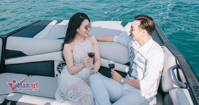 Ảnh cưới lãng mạn trên du thuyền của MC Thành Trung và hotgirl 9x - Ảnh 4.