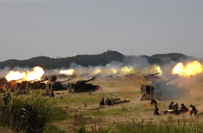 Ảnh hiếm đặc nhiệm Triều Tiên tập trận đổ bộ chiếm đảo - Ảnh 4.