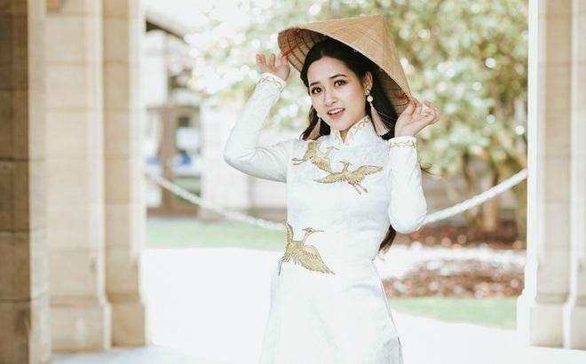 Nhan sắc đời thường của nữ sinh Việt vừa đăng quang hoa khôi tại Australia