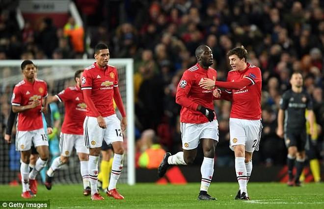 Guardiola chỉ ra điểm yếu khiến Man City có thể thua MU - Ảnh 4.