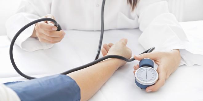 Đừng chủ quan khi bị chóng mặt thường xuyên vì có thể bạn đang mắc 1 trong 6 chứng bệnh sau - Ảnh 4.
