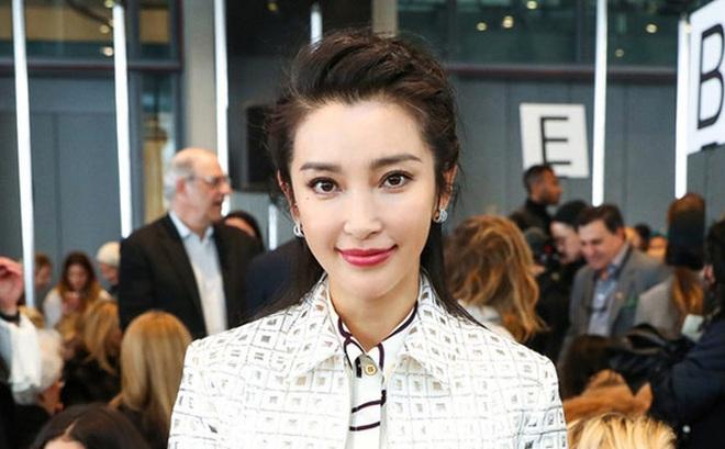 Tuổi 40 nhưng Lee Hyori và Lý Băng Băng vẫn khiến nhiều thiếu nữ chào thua