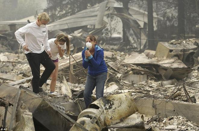 Cháy rừng ở California: Cứ như bị tấn công hạt nhân - Ảnh 5.