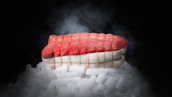 Món thịt bò ngủ đông đắt nhất thế giới, muốn ăn phải đặt trước cả năm trời - Ảnh 5.