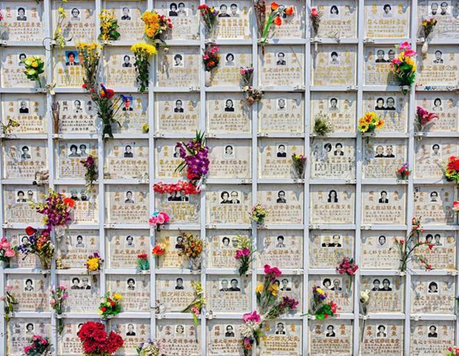 Những nghĩa trang đồ sộ vươn cao như những tòa cao ốc   - Ảnh 6.