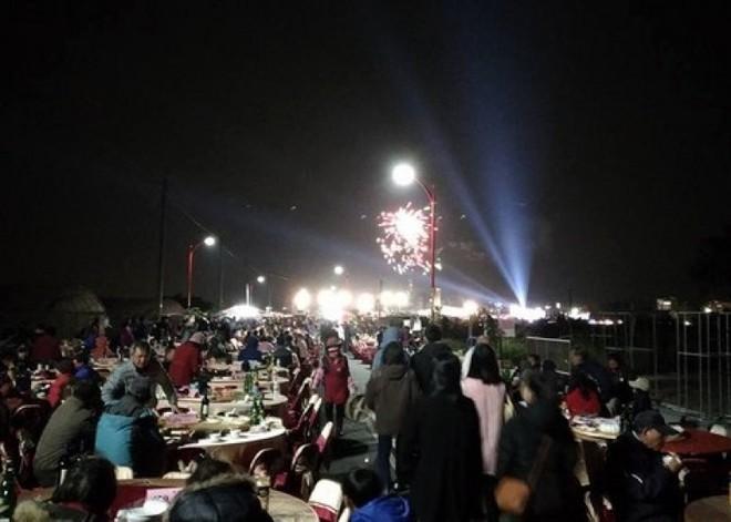 Dựng tới 600 bàn cỗ trên đường, đám cưới ở Đài Loan khiến cư dân mạng sửng sốt vì chơi sang - Ảnh 5.