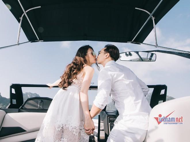 Ảnh cưới lãng mạn trên du thuyền của MC Thành Trung và hotgirl 9x - Ảnh 6.