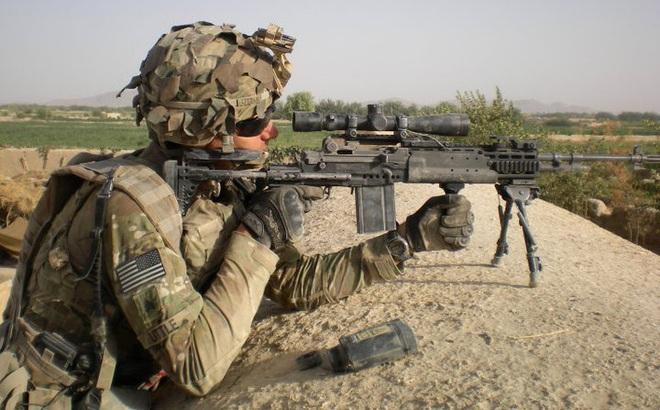 Mk 14 EBR – Khẩu súng xóa nhòa ranh giới giữa súng trường tấn công và súng bắn tỉa
