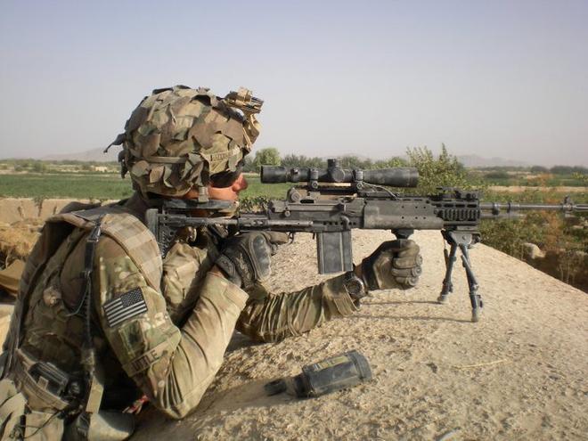 Mk 14 EBR – Khẩu súng xóa nhòa ranh giới giữa súng trường tấn công và súng bắn tỉa - Ảnh 6.
