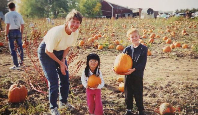 21 năm sinh sống trên đất Mỹ, cô gái gốc Hoa quyết tâm lật lại quá khứ, tìm kiếm sự thật về cha mẹ ruột - Ảnh 6.