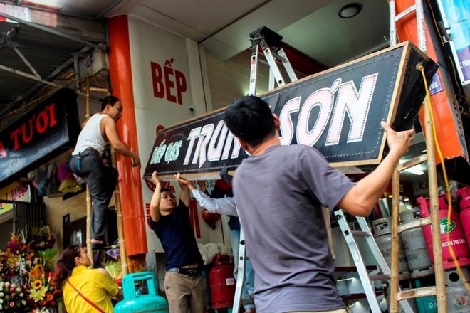 Nhà mặt phố ở Hà Tĩnh ủng hộ dọn dẹp vỉa hè - Ảnh 7.