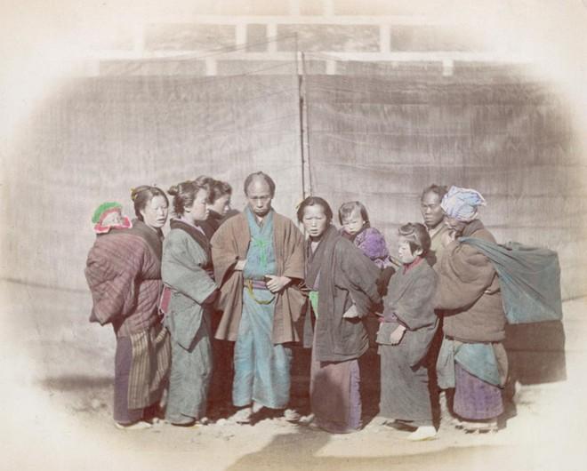 Cuộc sống Nhật Bản xưa qua những bức ảnh màu - Ảnh 7.
