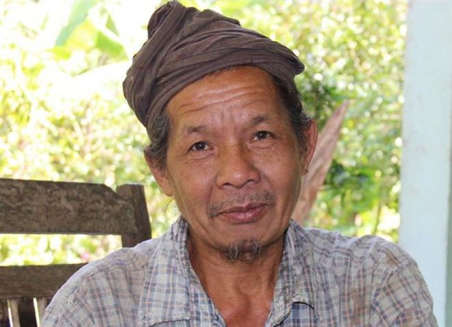 Lạ lùng mái tóc cụ ông hơn 70 năm chưa cắt - Ảnh 7.