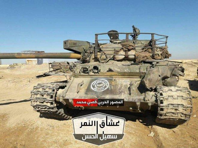 QĐ Syria trúng độc đắc: Tóm gọn kho vũ khí lớn chưa từng thấy của IS - Ảnh 7.