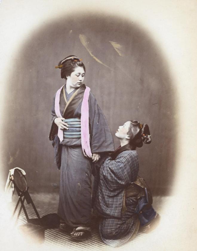 Cuộc sống Nhật Bản xưa qua những bức ảnh màu - Ảnh 8.