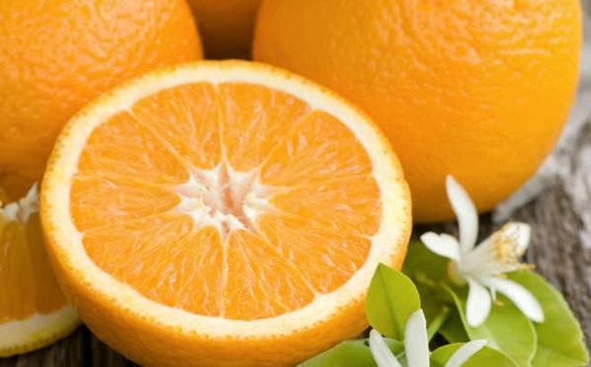 Tỏi, chuối, đu đủ, cam, dưa hấu... được dùng chữa bệnh thế nào?