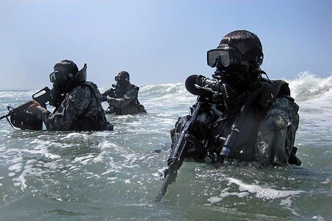 Ảnh: Đặc nhiệm Mỹ thực hành tác chiến cùng các loại vũ khí hiện đại - Ảnh 8.