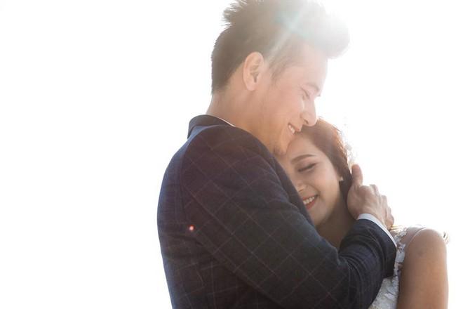 'Hot girl dân tộc' hạnh phúc bên chồng trong bộ ảnh cưới - ảnh 9